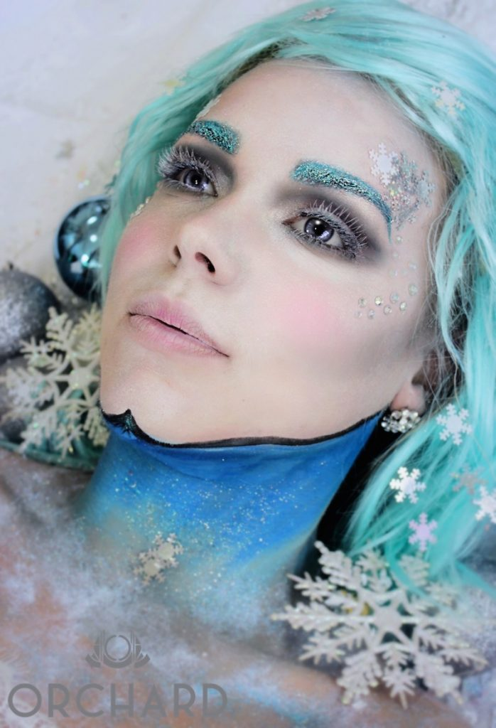 Glitter eyebrows