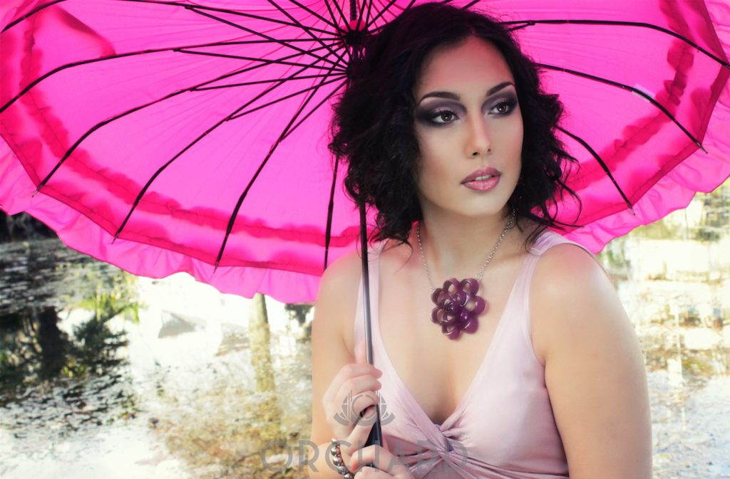 Pink umbrella makeup