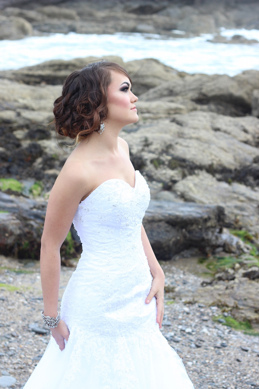 beach-bridal-makeup-8