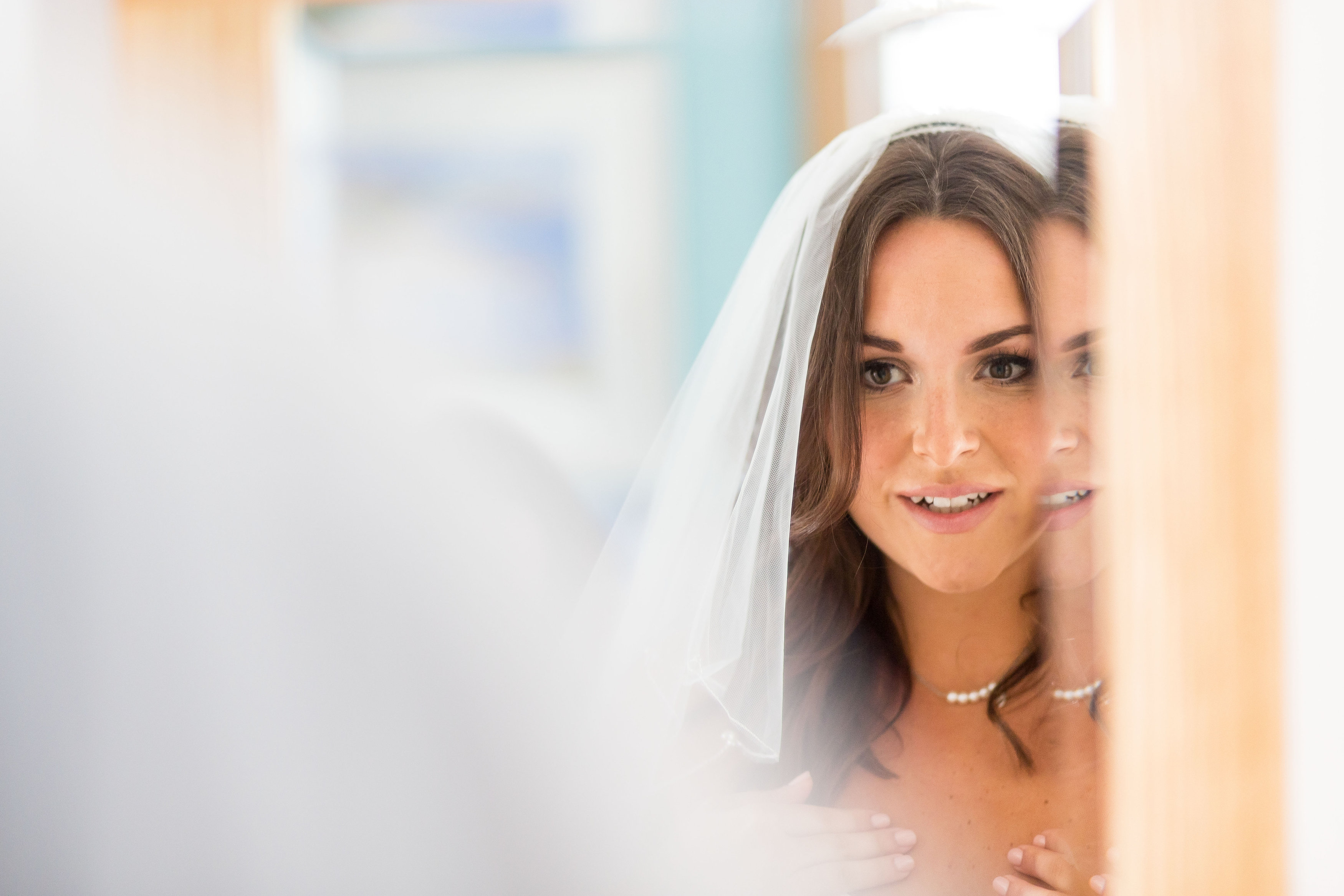 bride, mirror, makeup, veil