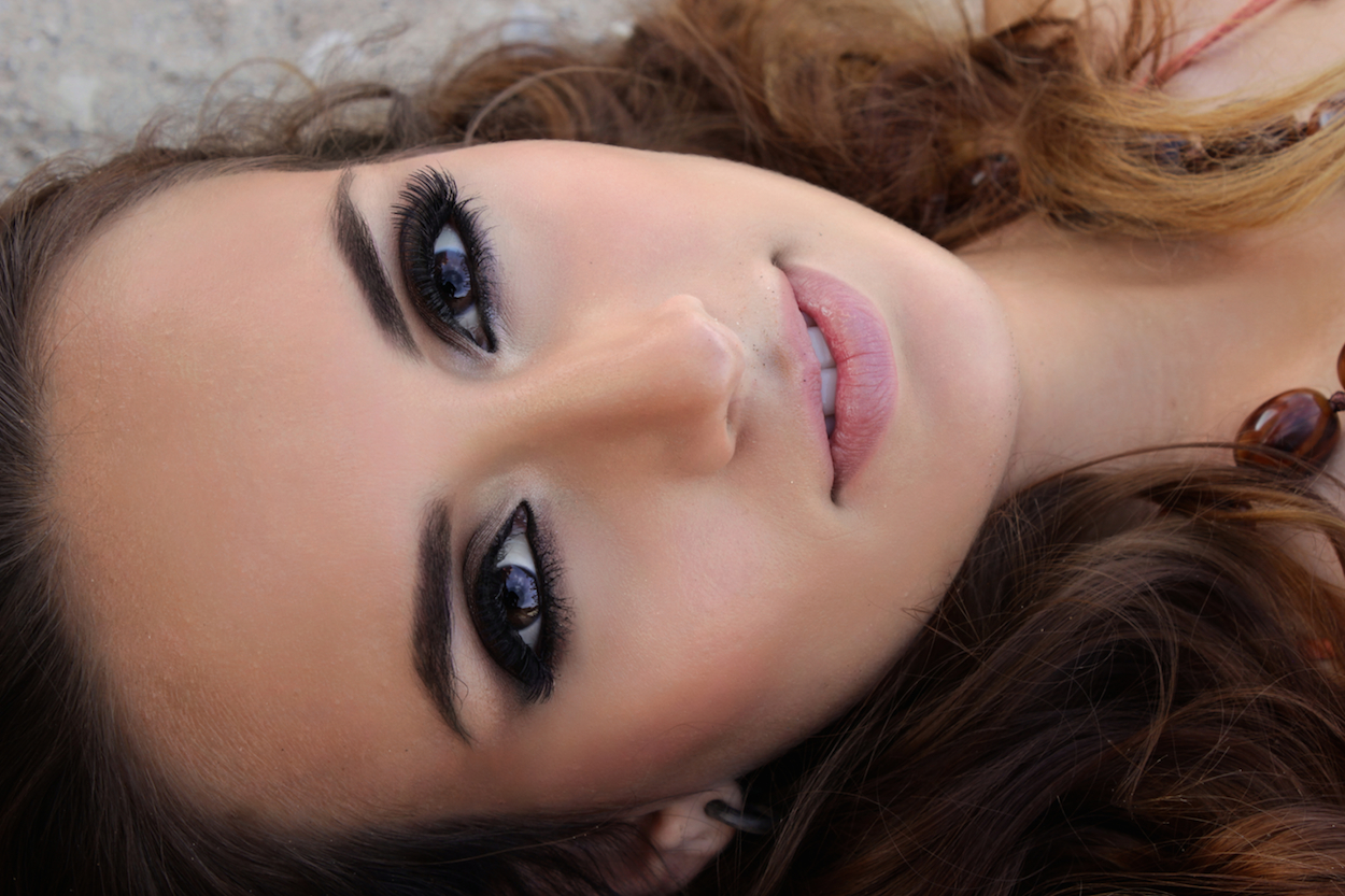 makeup, model, smokey eye